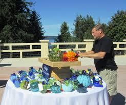 Glass Blown Pumpkins Seattle by Tacoma Glass Blowing Studio In Rainier U0027s Lap