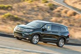 Luxury Suv With Second Row Captain Chairs by 12 Useful Car Features That Parents Shouldn U0027t Overlook Edmunds