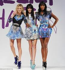 Naomi Campbell R And Kate Moss L Pose With Annabelle Neilson As