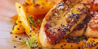 cuisiner un foie gras cru foie gras poêlé à la mangue et sésame noir recettes femme actuelle