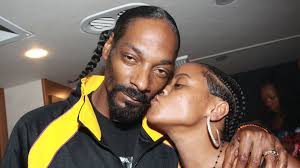 21 Years Later Snoop Dogg And His Wife Are Still Going Strong