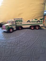 HESS TOY TRUCK With Race Car Working Lights - $4.00 | PicClick