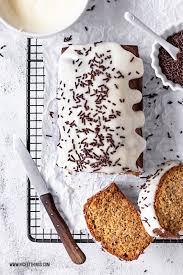 bananenkuchen rezept mit schokolade frischkäse frosting