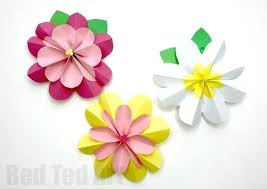 Easy Paper Flowers For Spring We Love Crafts And These Decoration Ideas