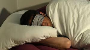 schlafzimmer im winter regelmäßig lüften berliner morgenpost