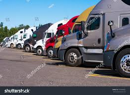 100 Simi Trucks Big Rigs Semi Different Colors Stock Photo Edit Now