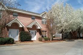 One Bedroom Apartments In Starkville Ms by Sherwood Apartments U0026 Town Houses Rentals Starkville Ms
