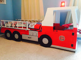 Lummy Nottinghamshire Kids Fire Truck Bed Kids Fire Truck Bedding ...