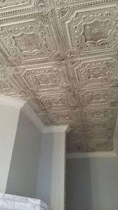 elizabethan shield faux tin ceiling tile 24 x24 dct 04