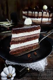 schoko vanilletorte drip cake mit schoko zungenzirkus