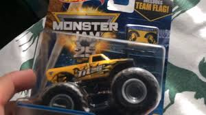 Titan Monster Jam Truck Unboxing!! | 2017 Mud Treads Series - YouTube 68 Best Crazy About H2s Images On Pinterest Dream Cars Hummer Mattracks Rubber Track Cversions N Go Youtube American Truck Subaru Impreza Wrx Stock 20 Liter 12 Tire Treads From The 2015 Sema Show Photo Image Gallery Custom Tracks Right Systems Int Suzuki Samurai Snow Vehicle Lego Legos And Technic Tank For Trucks Powertrack Jeep 4x4 Manufacturer Awd Cars System Commontreadsmagazine Part 2