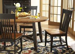 Havertys Dining Room Furniture by The Warm Tones Of The Laurel Creek Dining Collection Complement