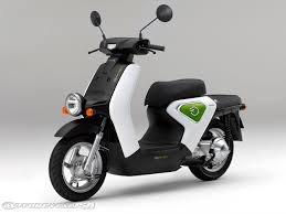 Honda Plans Sales For EV Neo Electric Scooter
