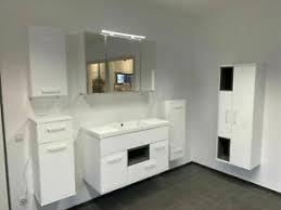 details zu badezimmermöbel badmöbel set 7 teilige weiß hochglanz led beleuchtung montiert