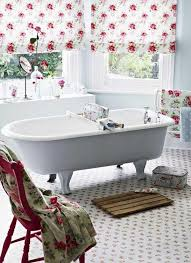 Shabby Chic Bathroom Ideas by 38 Best Bathrooms Images On Pinterest Bath Spaces And Art Deco