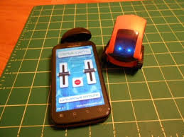 Desk Pets Carbot Youtube by Desk Pets Tankbot Review U2013 The Gadgeteer