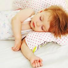 a quel âge bébé va dans un grand lit