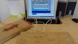 maison de quartier la touche pad musical en bois makey makey labfab