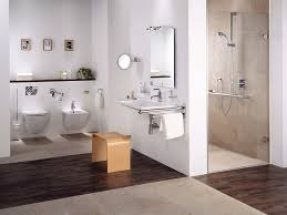 barrierefreie badezimmer bieten komfort sanitas troesch ag