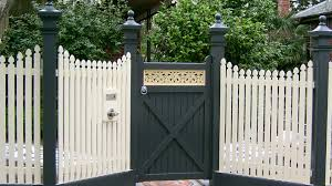 100 Building A Paling Fence Belmont Fencing Geelong Surf Coast S