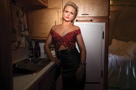 Miranda Lambert Bathroom Sink 2015 Cma Awards by Miranda Lambert Lone Star Music Magazine