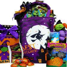 Best Halloween Candy by Halloween Trick Or Treat Gift Baskets Halloween Wikii