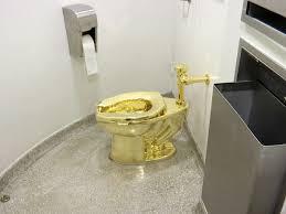 museum bot us präsident ein klo aus purem gold panorama