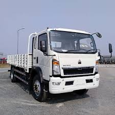 100 4x2 Truck Tking Small Cargo 4 Tons Lorry For Sale In Africa