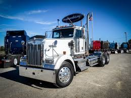 USED 2002 KENWORTH W900L TANDEM AXLE DAYCAB FOR SALE IN MS #6403