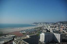 porte océane et plage du havre vue du ciel le havre patrimonial