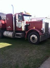 1984 Peterbilt 359 Conventional W/sleeper + 400 Cummings Big Cam + ...