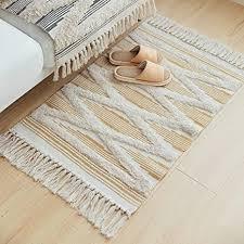 marokkanischer badezimmerteppich kleiner fransenteppich