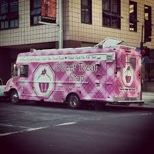 Sweet Treat Stop Cupcake Truck Sweettreatstop Cupcakes Oakland