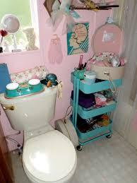 50s Retro Bathroom Decor by My