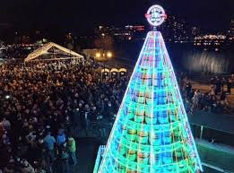 Tumbleweed Christmas Tree Pictures by 7 Of The Most Unusual Christmas Trees You Can Find Around The U S