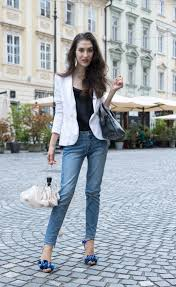 Fashion Blogger Veronika Lipar Of Brunette From Wall Street On How To Style Jeans A