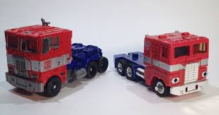 100 Optimus Prime Truck Model Review Transformers AOE Voyager Evasion Mode