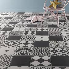 sol vinyle cuisine attrayant carrelage cuisine noir et blanc 19 carreaux ciment