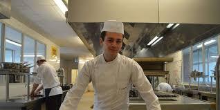 apprenti cuisine la teste de buch apprenti cuisinier et fier de l être sud ouest fr