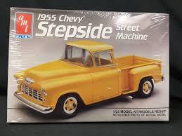 AMT 1955 CHEVY STEPSIDE PICKUP STREET MACHINE 1/25 Model Car ...