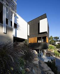 3 Storey House Colors Black And White Timber Clad 3 Storey House On The Hill Side