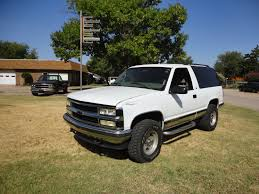 Anderson Truck Inc: 1999 White 2 Door Chevrolet Tahoe