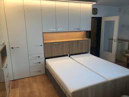 schlafen im wohnzimmer im schrankbett belitec innenausbau