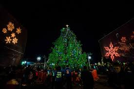 Christmas Tree Shop Middletown Ny by Thousands Watch Middletown Light Up Its Christmas Tree News
