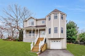 Smithtown NY Real Estate Smithtown Homes For Sale RE MAX
