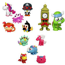 Toys R Us Art Master by Moshi Monsters Moshling Mini Figures 3 Pack Figures Colors Styles