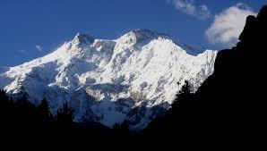 mountain ranges of himalayas himalaya mountains