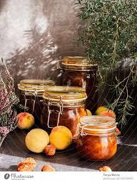 konserven pfirsichmarmelade ein lizenzfreies stock