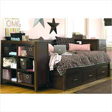 Full Size Bed With Trundle by Bookcase Honey Full Size Captains Day Bed With Trundle Daybed