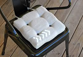 Chair Pads Dining Room Chairs by How To Make Dining Chair Cushions With Bonus Embellishment